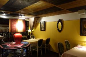 クロアチア料理店 ドブロ